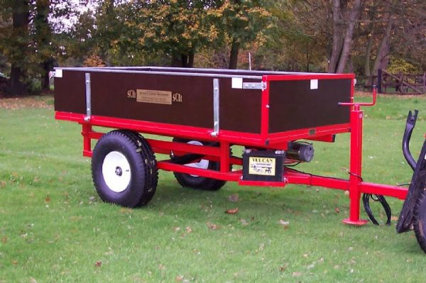 Two-Wheel Hydraulic Tipping Trailer with Electric Single Acting Ram